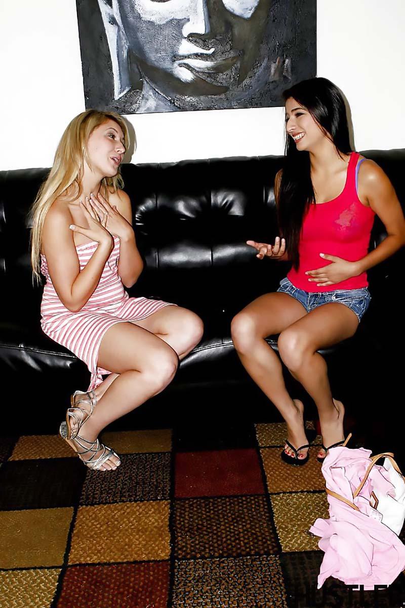 Buceta grande Lilly Banks Megan Salinas buceta gostosa-1