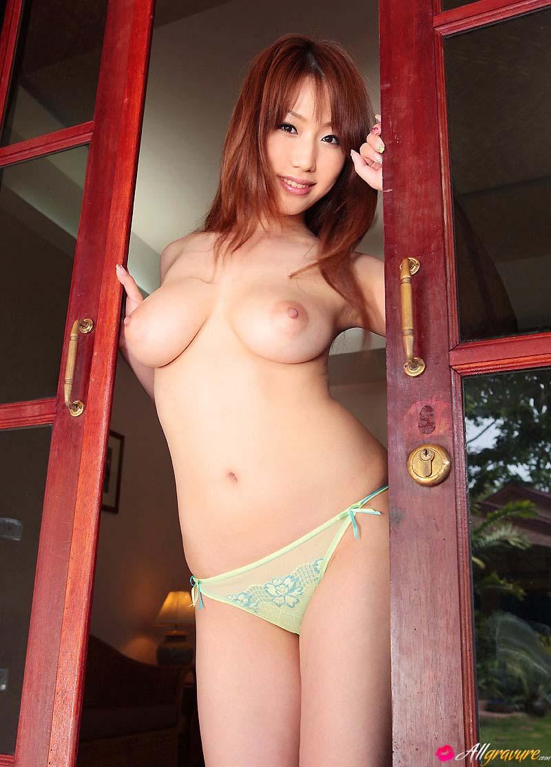 21-asiatica-pele-branquinha-pelada-9