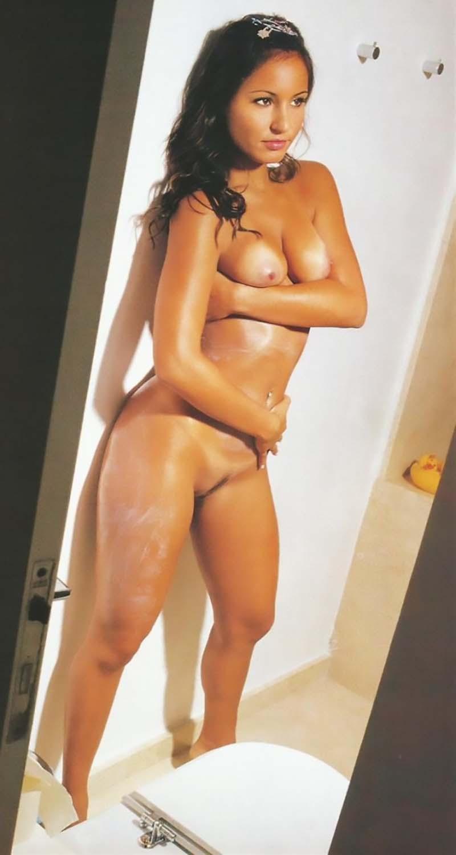 Paola Rodrigues Pelada Na Playboy Famosas Do SBT-30