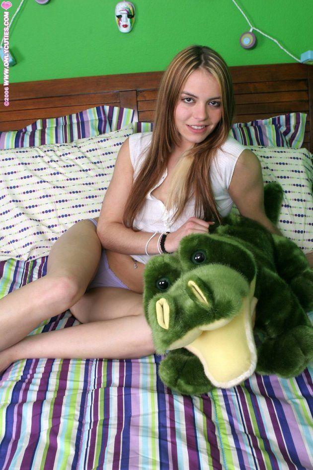 fotos novinha vibrador masturbandooxota novinha nua