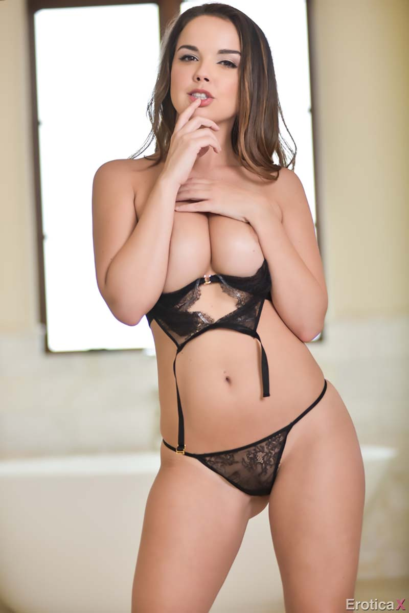 Dillion Harper 007