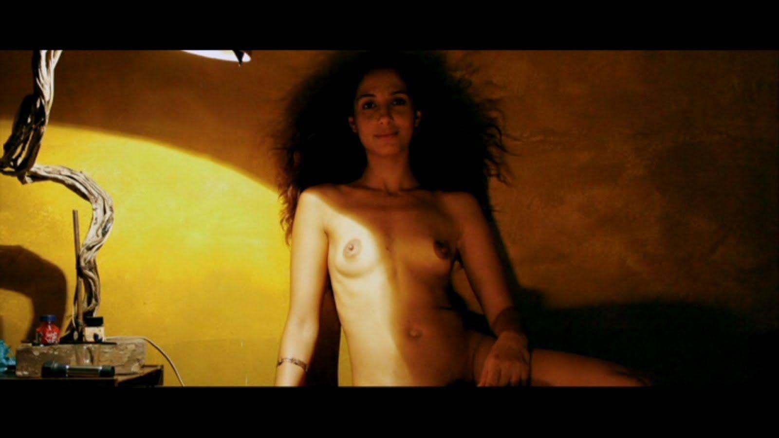Camila-pitanga-transando-em-cena-de-filme-6