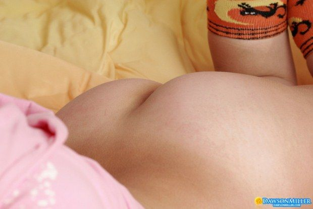 shaved-pussy-teen-babe-12