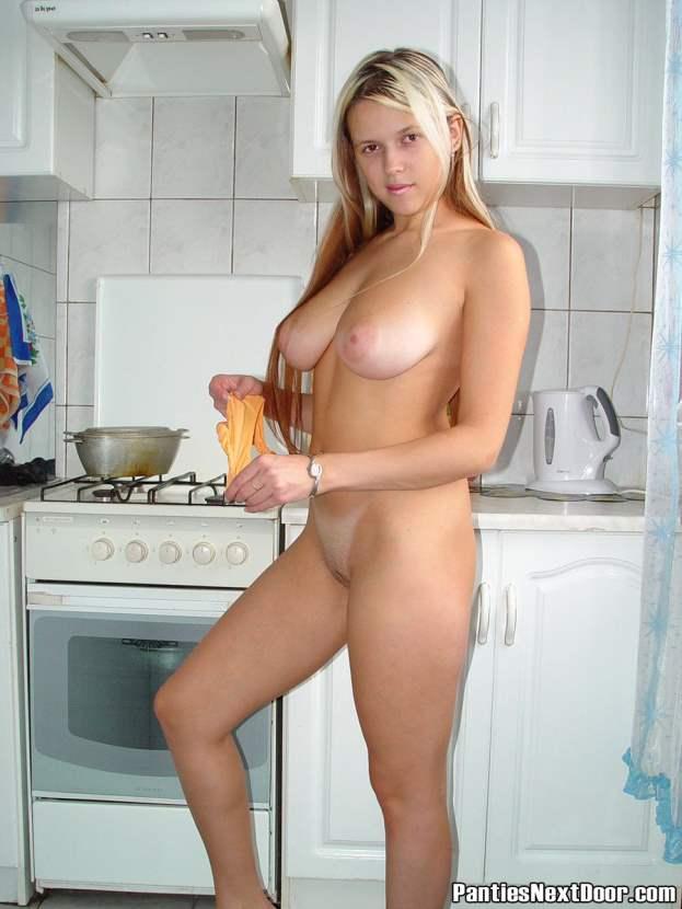 pantera-loira-amadora-gostosa-pelada-15