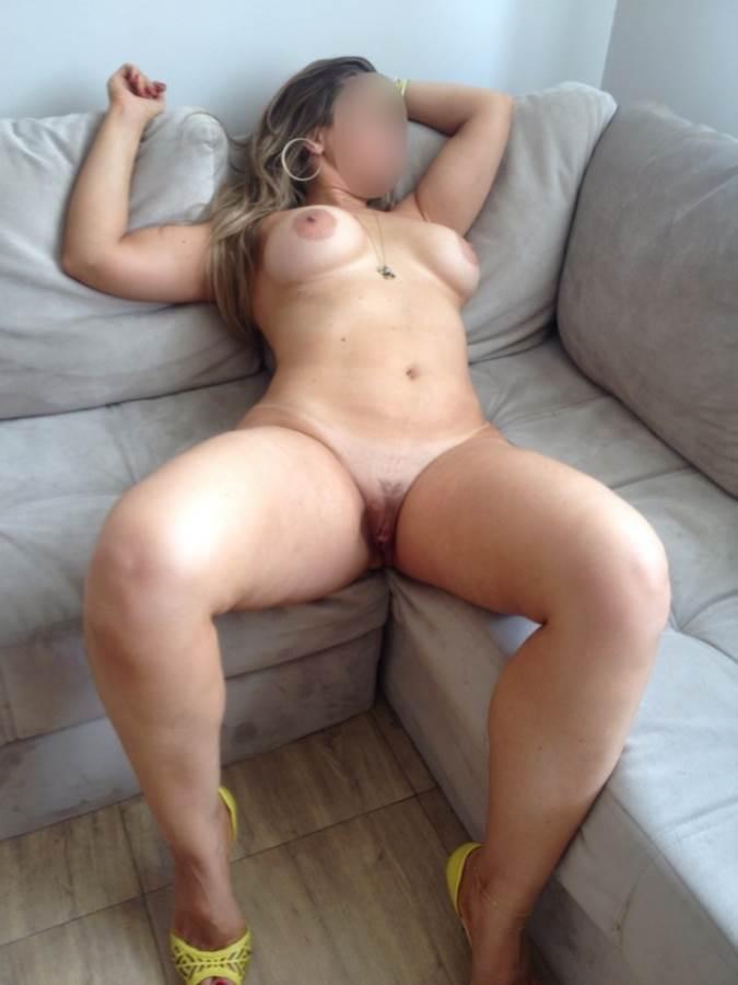 Minha esposa gostosa pelada nua