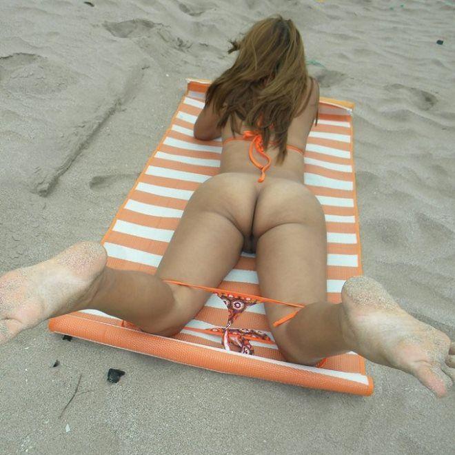 Fotos nua da esposa na praia se exibindo
