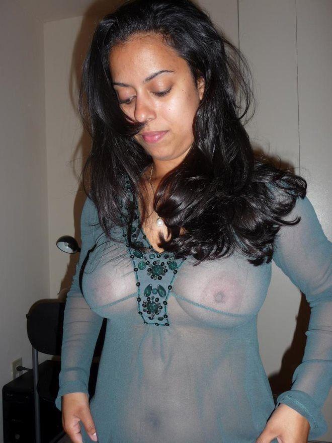 Morena rabuda perfeita deliciosa pelada caiu na net