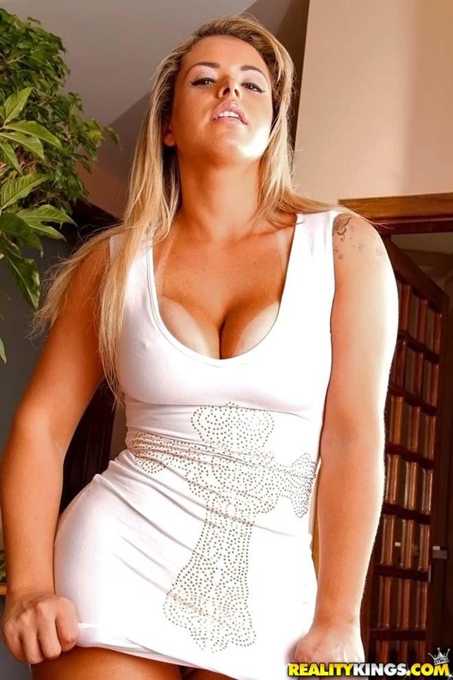 Angel Lima atriz porno rabuda com vestido curto angel lima porno