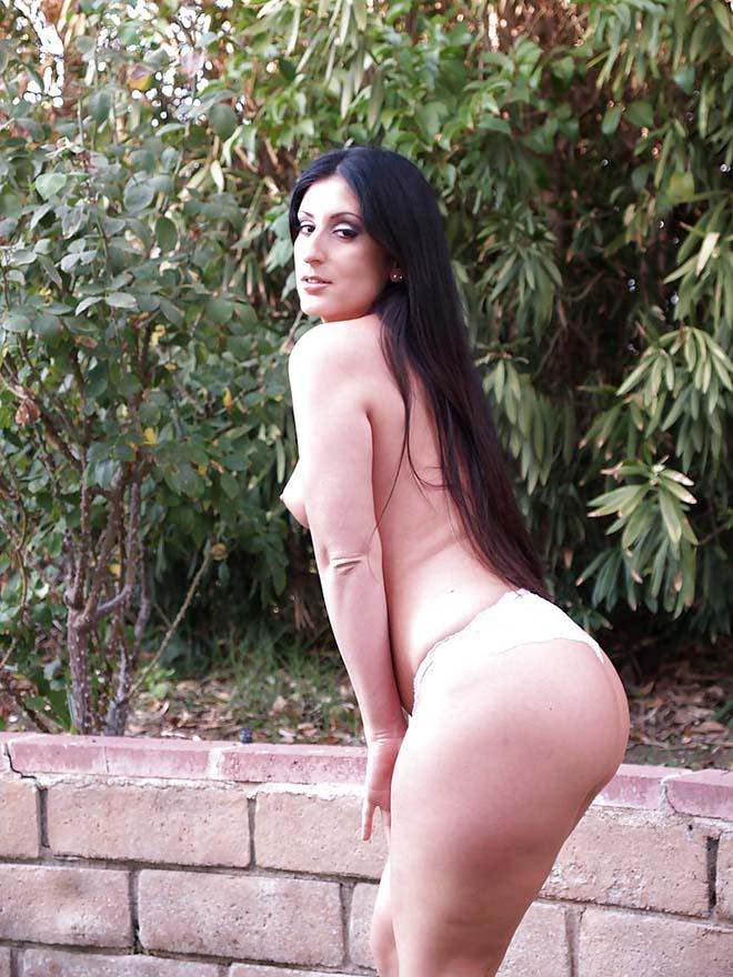 Sua Vizinha pelada caiu na net fotos caseiras