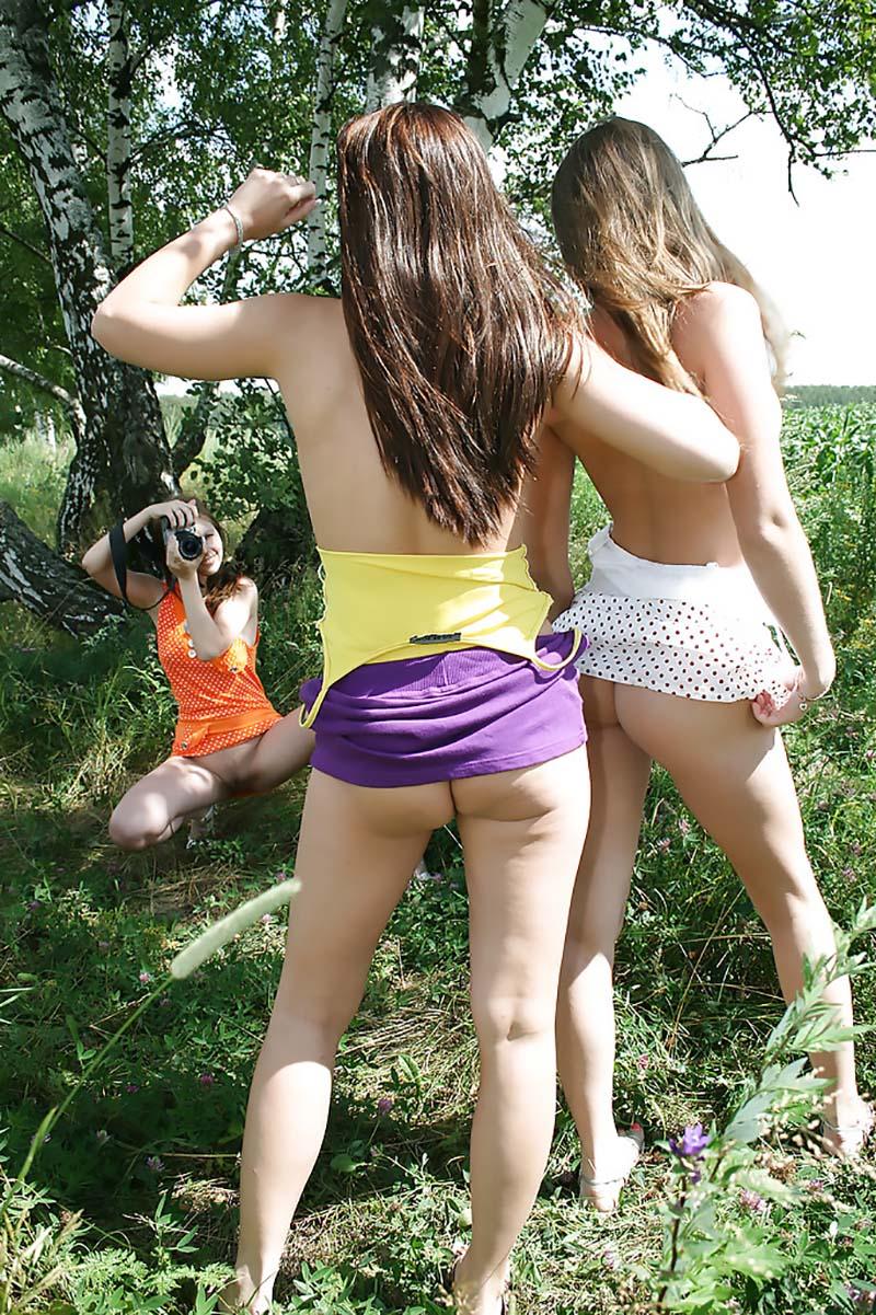 Amigas novinhas amadoras tirando fotos nua 013