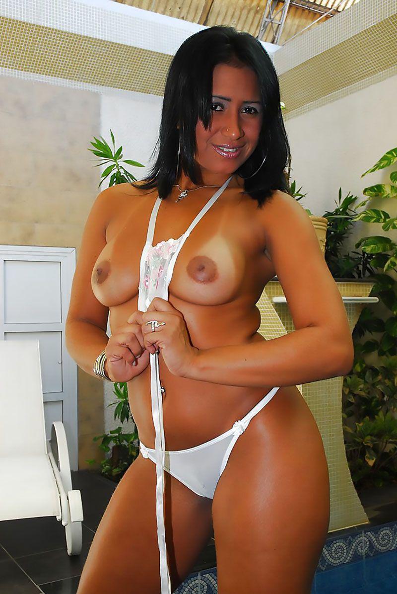 Alessandra Marques pelada nua 11