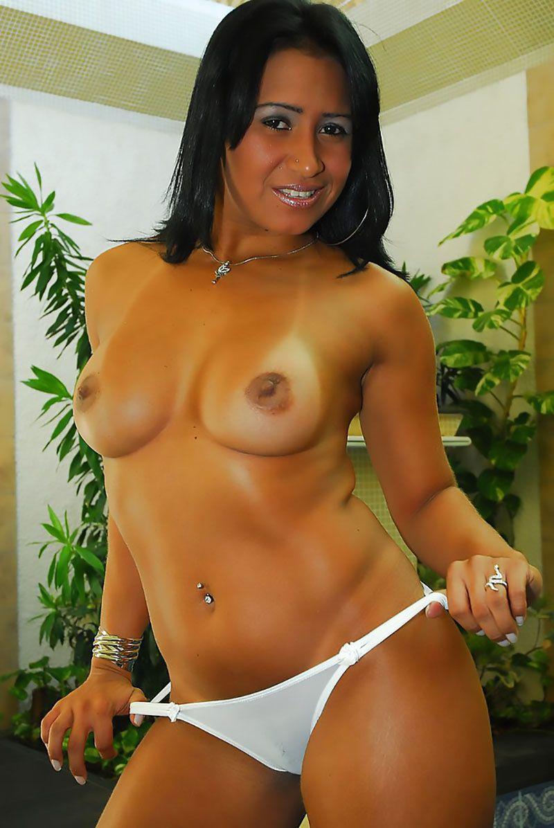 Alessandra Marques pelada nua 12