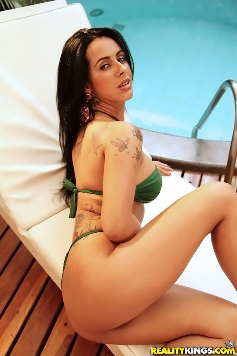 Nicolle Bittencourt morena gostosa atriz porno 03