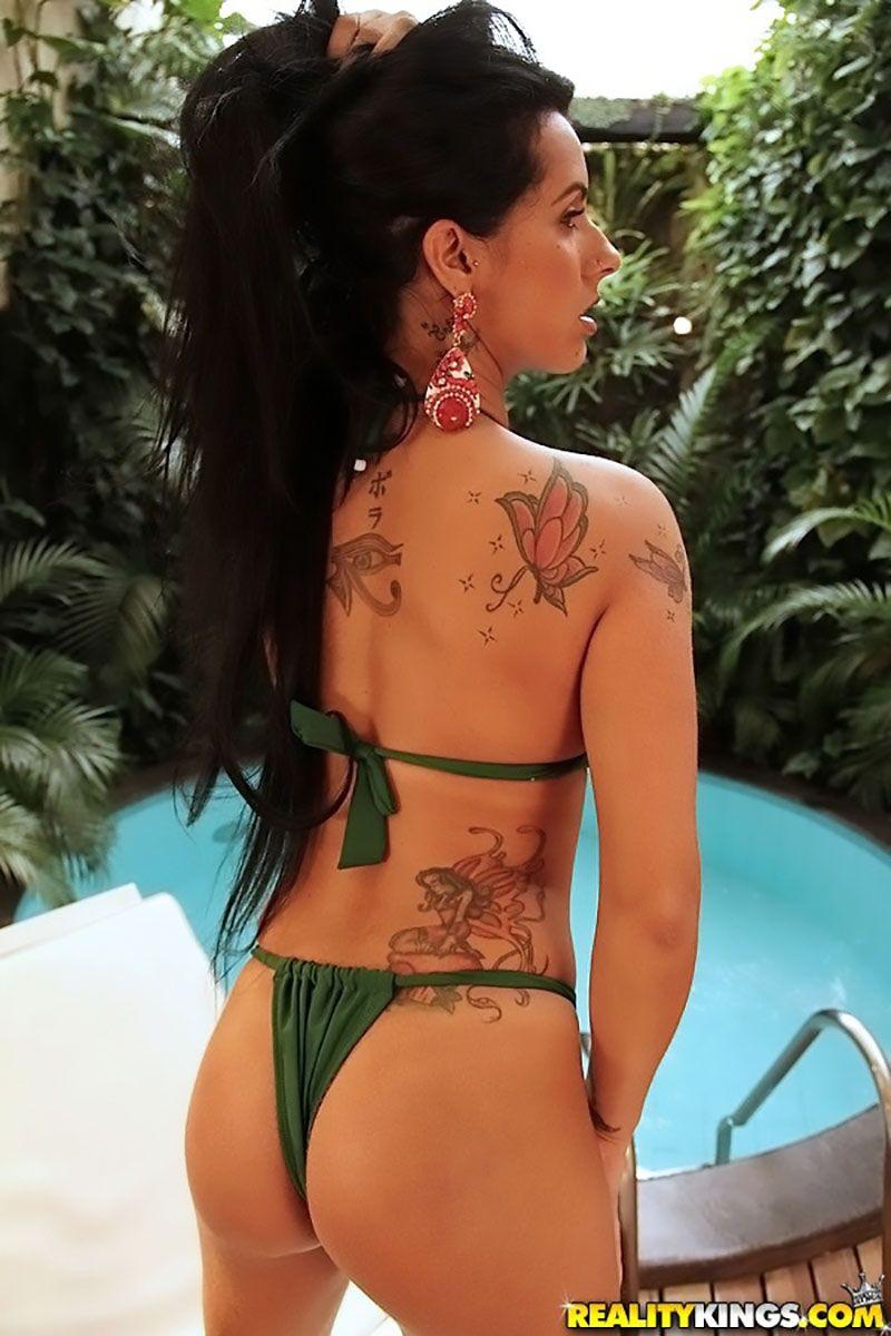 Nicolle Bittencourt morena gostosa atriz porno 05