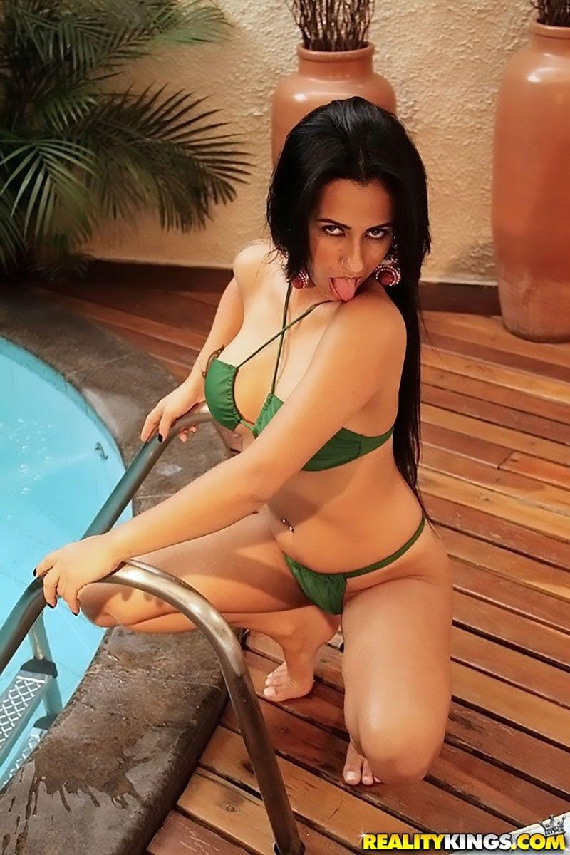 Nicolle Bittencourt morena gostosa atriz porno 07