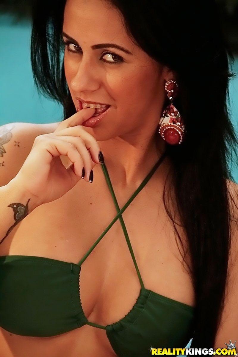 Nicolle Bittencourt morena gostosa atriz porno 08