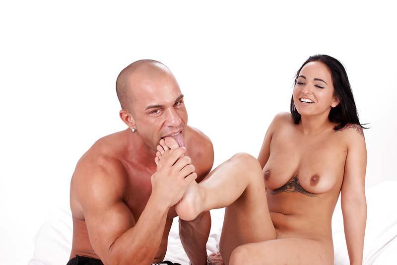 16 Fotos porno da Claudia Bavel morena gostosa transando