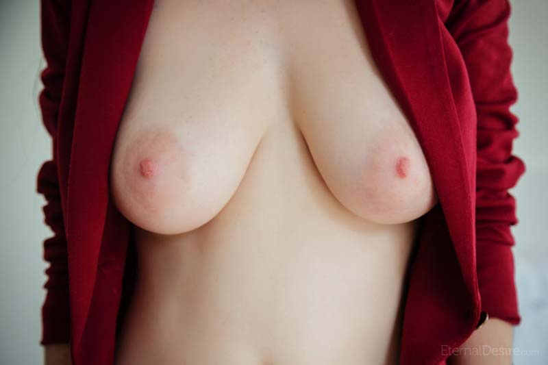 Fotos nuas - novinha gostosa