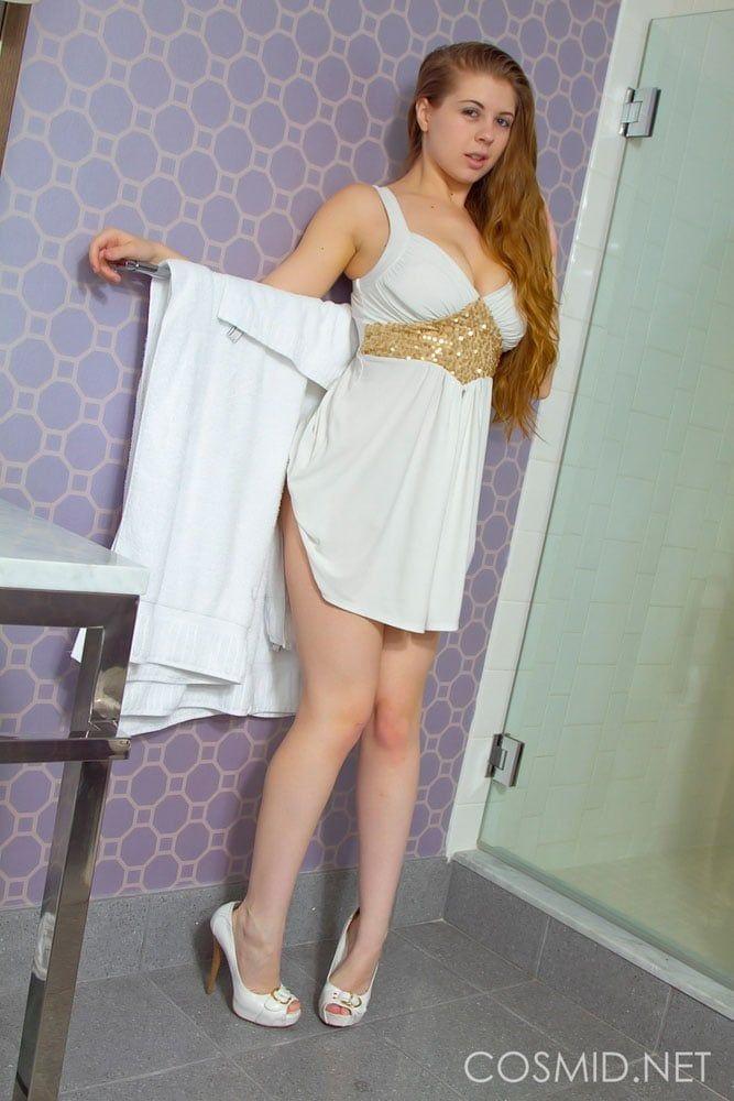menina-gostosa-fotos-pelada-banheiro-nua-6