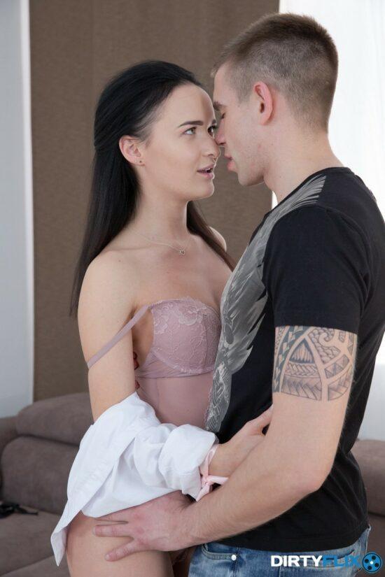 Fotos anal porno com novinha branquinha
