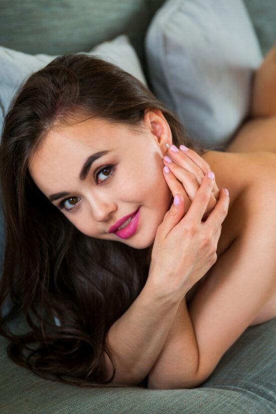 Fotos novinha bucetuda com peitos lindos