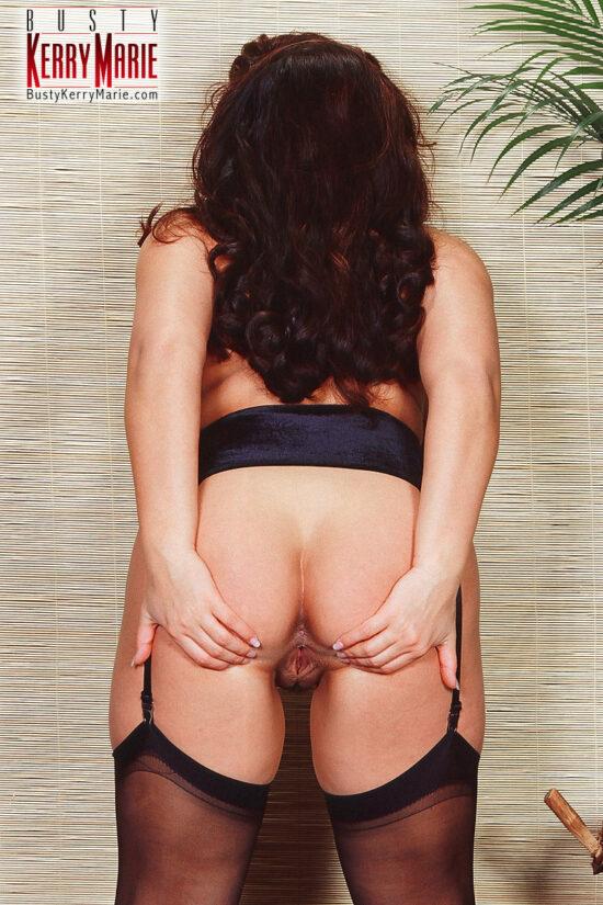 Fotos quentes de mulher peituda com belas curvas