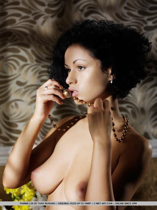Xxx fotos de buceta peluda e peitinhos gostosos