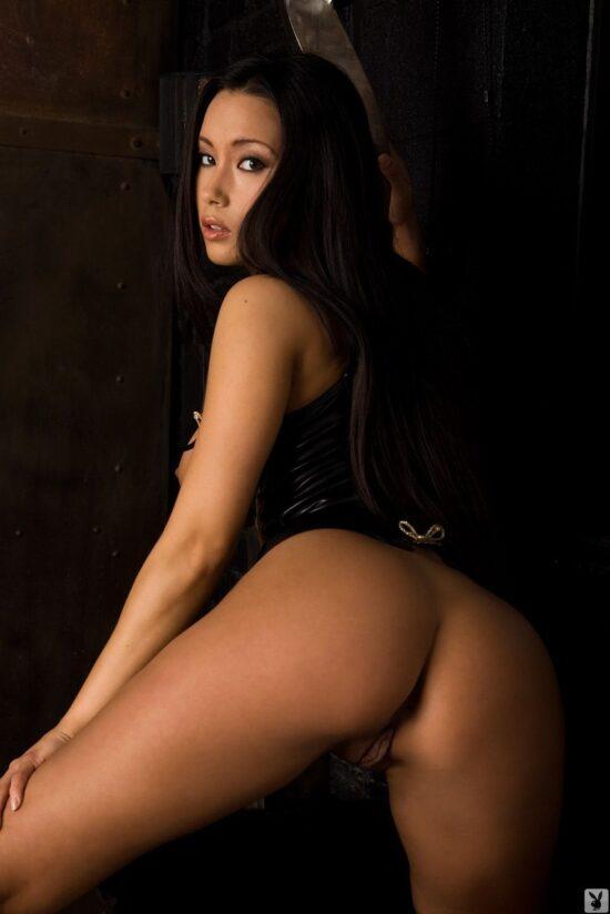 Fotos sensuais de asiática peituda gostosa demais