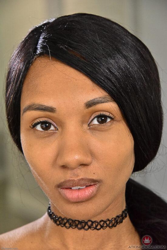 Negras Nuas fotos de peituda pelada mostrando a buceta