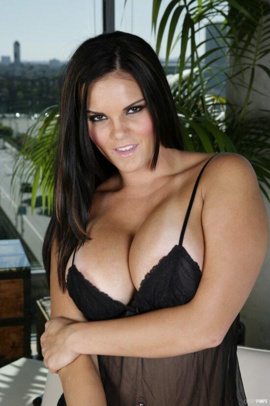 Xnxx fotos mulher pelada peituda se exibindo