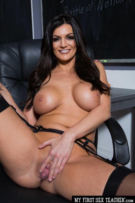 Fotos de professora peituda em ensaio sensual