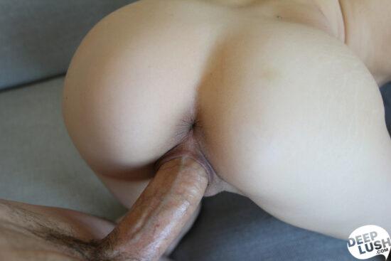 Fotos pornos com novinha magra e bucetuda